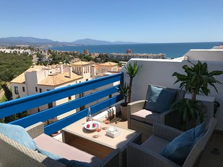 Brilliant 3 terrace penthouse in La Duquesa