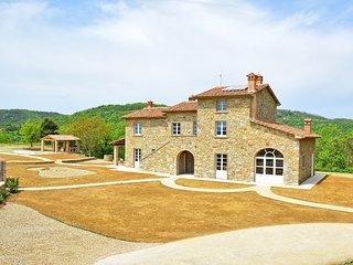 5 bedroom Villa in Gambaroncia, Tuscany, Italy : ref 5626425