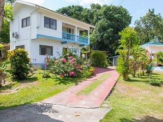 Chez Julie Mahe Seychelles  (Guest House)