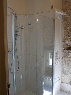 Ensuite shower room for bunk room