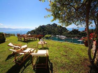 SKIPPER-3BR w/Terrace&Garden above Portofino by KlabHouse