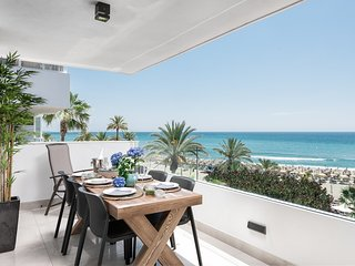 MARBELLA  LUXURY FRONTLINE BEACH W PANORAMIC VIEW