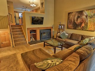 Downtown Breck Haven - Perfect for Groups!