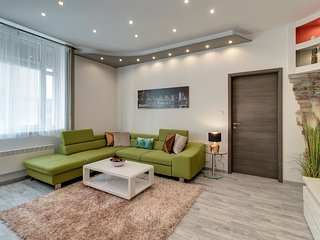 Tamara - central and luxury apartment