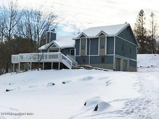Cozy 4BR Lake house with full Game Room near all attractions!