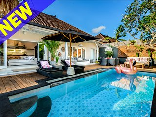 Bloom Villas, near the beach, Seminyak""