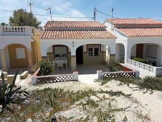 Bonita casa en primerisima linea de playa Denia -Zona Deveses-Playa Santa Ana