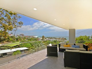 32 Barra Crescent, Coolum Beach. Bond 500, FOXTEL, WIFI, Linen Supplied