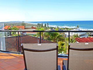 Unit 8, Bronte of Coolum, 8 - 12 Coolum Terrace Coolum Beach, 500 Bond