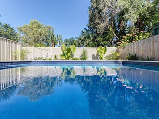 59 Banksia Avenue Coolum Beach - Pet Friendly, Linen included, 500 BOND