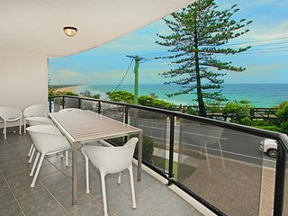 Unit 3 Phoenix Apartments, 1736 David Low Way Coolum Beach - Linen Incl. WIFI