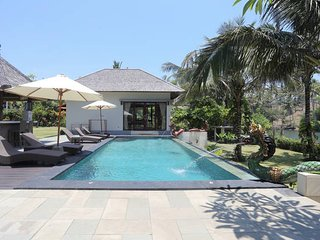 Luxury One-Bedroom Beach Villa Balian, Bali