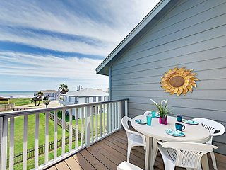 Enjoy 2 Private Balconies w/ Gulf Views! Updated 2BR Near Jamaica Beach