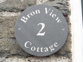 Bron View - Cosy, Quarryman's Cottage in Snowdonia.
