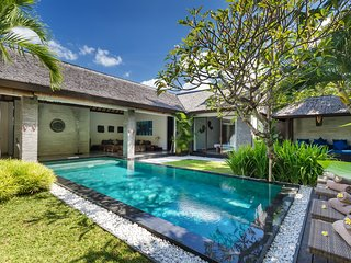 IDEAL FOR FAMILY & GROUPS - VILLA ANJALI BLUE 4BR