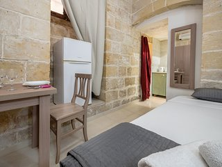 Valletta Old Theatre Lane Apartment