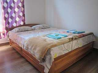 Homestaytion - 4 Bedrooms sleeps of 8