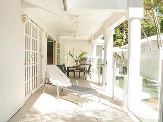 Port Douglas Paradise - Beach Villa