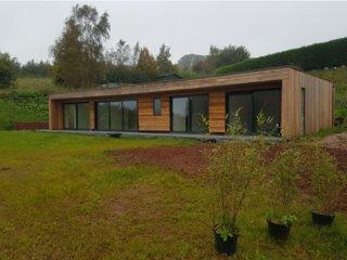 Oak: West Pitt Lakes & Lodges