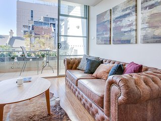 Hip loft apartment in trendiest part of town