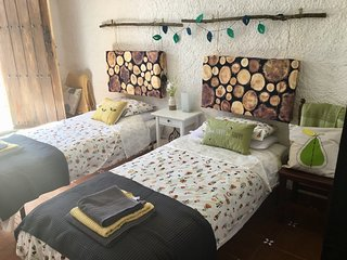 Pretty B&B room with private bathroom in stunning Alpujarras Parque Natural