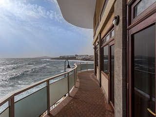 Salinetas Villa over the Sea