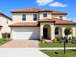 Calabria - Kissimmee 5BED, 4.5BTH Single Family Home - CL110