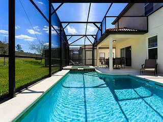 Spacious Vacation Home with Pool TW2825