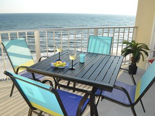 LOOK! NeWly ReNovated! Master on Gulf! Reduced rates & no crowds. Free WiFi
