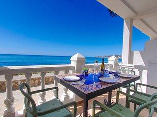 1144 Beachfront first .line  La Cala de Mijas modern style