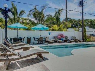 LuLu Kemp Ridley - Walk to Beach, Heated Pool, WiFi, Siesta Village just Steps A