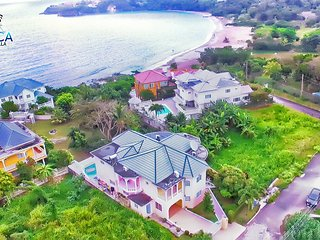 OCHO RIOS JAMAICA OCEAN VIEW VILLA VACATION RENTALS WITH RESORT STYLE LUXURY