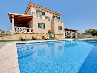 SPACIOUS Villa East with PRIVATE POOL, situated NEAR of Cala Antena