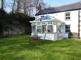 57204 Cottage situated in Perranporth (2mls SE)