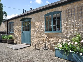 44961 Cottage situated in Bourton-on-the-Water (9mls SW)