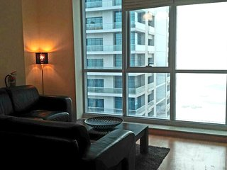 2BR  Seaview Flat, Dubai Marina 10Min from beach