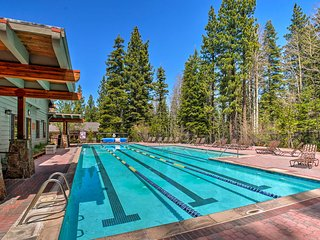 Truckee Home in Premier Northstar Resort!