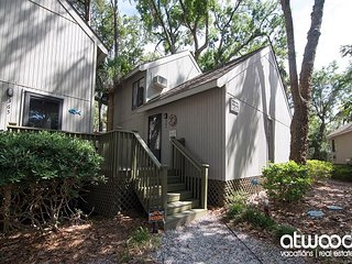 Oristo Lodge 362 - Adorable Efficiency Condo w/ Large Deck, Central Location
