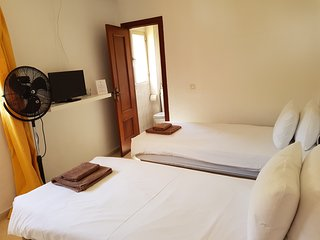 Private Twin en Suite Room 4, Centre of La Cala of Mijas, 100m from the Beach
