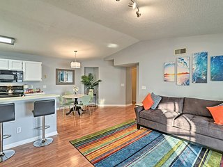 NEW! Updated Condo 5 Mins from Surfside Beach!
