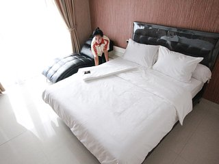 1 Bedroom Deluxe Suite Kebon Jeruk West Jakarta