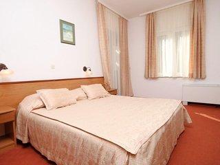 Room Starigrad, Paklenica (S-3333-d)