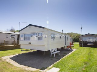 6 berth caravan C/H at Broadland Sands Holiday Park. *Pets Allowed. REF 20267