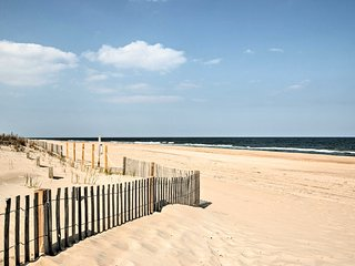 NEW! Ocean City Condo w/Balcony-Steps to the Beach