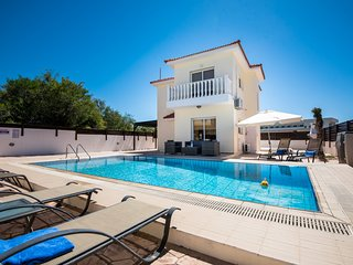 VILLA NISSI CRYSTAL - four bed with pool Ayia Napa - Nissi Beach