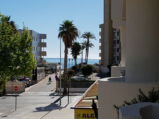 Apartment with pool and sea views in second line of the beach in Calpe