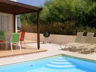 VILLA SOBELLA - 3 BED WITH PRIVATE POOL - PERNERA