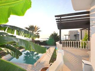 Kamelya Villa Nour