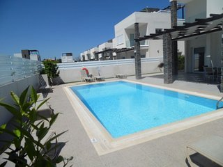 Anemoni 12 Villa - 4 bed with pool in Central Protaras - true luxury