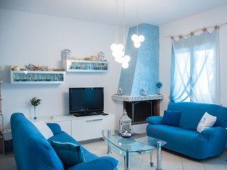 Bouganvillia Home - Blue Garden